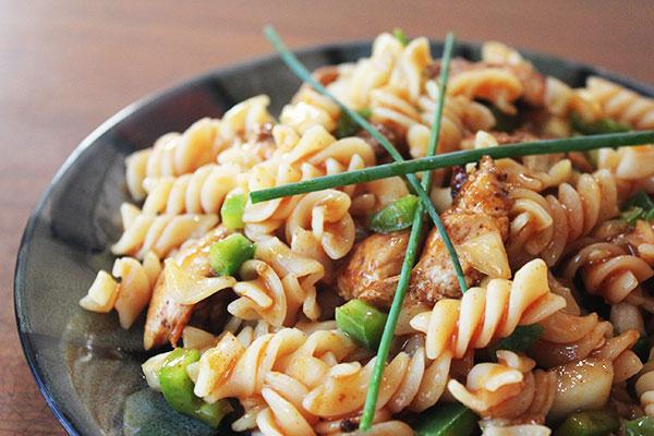 Spicy Chicken And Pasta Salad