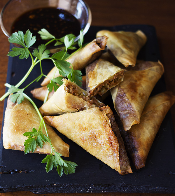 Beef Samosas with Ginger and Soy Dip - aninas recipes